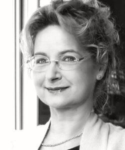 Gudrun Hollstein